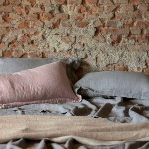 Completo letto in diversi colori